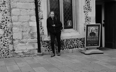 Folks on the Cornhill  Bury St Edmunds (Bury Gardener) Tags: streetphotography street streetcandids snaps strangers people peoplewatching candid candids nikond7200 nikon 2018 england eastanglia blackandwhite bw burystedmunds suffolk cornhill