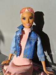 Barbie Fashionistas Chic in Chambray No. 82 (Deejay Bafaroy) Tags: barbie fashionistas chicinchambray 82 mattel doll puppe portrait porträt blue blau pink rosa blonde blond sunglasses sonnenbrille