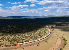 ZWINPHX7-15 BNSF 4578 Daze AZ (Ray C. Lewis) Tags: bnsf burlingtonnorthernsantafe trains transportation dji drone railroad railroads railway phoenixsub northernarizona arizona sky clouds