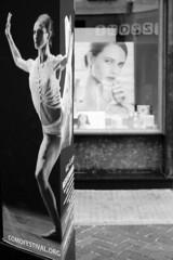 La ballerina e la modella (sirio174 (anche su Lomography)) Tags: ballerina modella vetrina farmacia teatro como italia italy centrostorico oldtown advertisement ads pubblicità cartellone