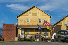 20181016-164832.jpg (weaverphoto) Tags: satellitedish house pennsylvania maga flag trump gadsden sunbury unitedstates us
