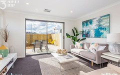 17/33 Woodberry Avenue, Coombs ACT