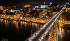 Ponte Dom Luís I & Cais da Ribeira (Ni1050) Tags: porto portugal pontedomluísi douro caisdaribeira ni1050 night nuit noche nacht sonnenuntergang sundowner zeiss batis sony a7rm2 a7rii a7r2 ilce7rm2 weitwinkel wide angle urlaub holidays 2018 langzeitbelichtung long exposure times slowshutterspeed praçadaribeira riodouro hafen unescoweltkulturerbe europa licht light colors illumination lichtspuren nachts lighttraces tram boats cars bikes brücke bridge ponte laternen ninicrew ninis wimmelbild fe24240mmf3563oss 24240mm