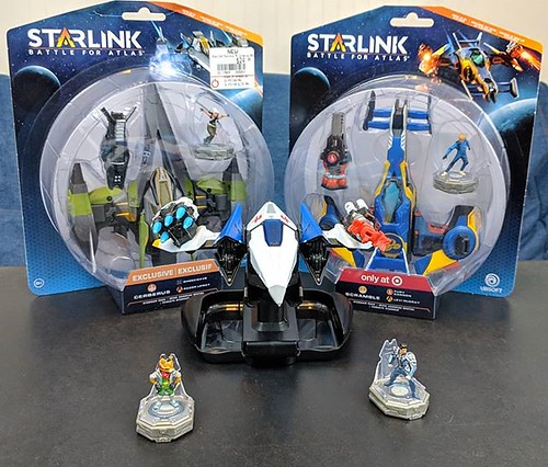 So... @ubisoft sent me the #Starlink Starter pack for the #NintendoSwitch I couldn't let #FoxMcCloud and #MasonRana get lonely. I picked up the two store exclusives. #Cerberus from @gamestop and #Scramble from @target. Unboxing video up tomorrow and also