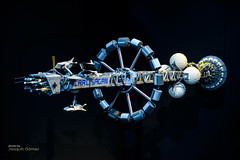 """Carl Sagan"" Starship (Oddiseis) Tags: starship lego model museum sciencemuseum valencia valenciancommunity spain astronomy carlsagan expo tamron247028 ciutatdelesartsidelesciencies science space astronautics hypothetical future sciencefiction"