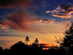 Sunset (Tobymeg) Tags: tres sunset sky clouds scotland holywood