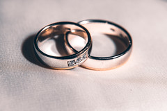 Perfect match (donnicky) Tags: macromondays perfectmatch circle closeup dof event golden indoors jewelry love macro madeofmetal metal nopeople positive publicsec ring round selectivefocus stilllife studioshot togetherness twoobjects wedding whitebackground d850