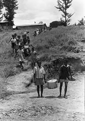 Album2film144-001 (Stichting Papua Erfgoed) Tags: stichtingpapuaerfgoed pace