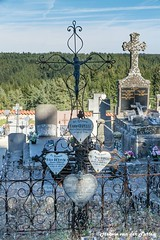 graveyard (Hetwie) Tags: landscape landschap frankrijk nature graveyard kerkhog masterclassfotografie natuur auvergne monlet hauteloire fr