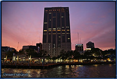 ATARDECER GUAYAQUILEÑO. SUNSET GUAYAQUIL - ECUADOR. (ALBERTO CERVANTES PHOTOGRAPHY) Tags: sunset twilight dusk ocaso crepusculo atardecer anochecer nightfall ecuador guayaquil gye republicadelecuador guayaquilecuador ecuadorgye bancolaprevisora nubes clouds sky edificio building luces light color colores colors brightcolors brillo indoor outdoor bright blur rioguayas river rio sea ocean lake guayas reflejo reflection photoart photoborder photography retrato portrait malecon2000 banco bank laprevisora night nightscape colornight colorlight city sun