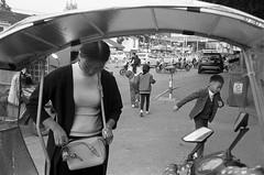 某天 (飞鸿留影) Tags: zeissikon zeissikonzm zm film 35mmfilm rangefinder carlzeiss distagont2815 biogont2825 csonnart1550 leicasummilux35mmf14asph leicasummiluxm50mmf14asph summiluxm3514a summiluxm5014a m5014a m3514a summilux filmphotography china street snapshot streetshot documentary blackwhite blackandwhite bw architecture people portrait landscape cityscape wuxi positive