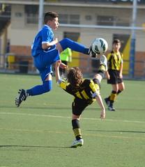 Athleticism! (alphawolf_2013) Tags: futbolbase fotbal color boy fussball calcio colors futebol accion spain futbol action deporte sports field teens deportes colores voetbal youthsoccer youthsports football youth teen actionphotography teenagers campo boys alphawolf2013 soccer