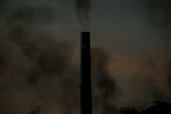 Smoke (Iván G. Fernández Fotografía) Tags: photo photography photoperiodism photojournalism avilés asturies fire arcelormittal blacksmoke chimney environment canonphotography 1dx nofilter canonistas