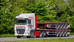 AZ38234 (18.05.17, Motorvej 501, Viby J)DSC_8118_Balancer (Lav Ulv) Tags: 248436 daf dafxf xfeuro6 xf106 e6 euro6 xf510 kloster white 2016 6x2 flatbed amttrailer truck truckphoto truckspotter traffic trafik verkehr cabover street road strasse vej commercialvehicles erhvervskøretøjer danmark denmark dänemark danishhauliers danskefirmaer danskevognmænd vehicle køretøj aarhus lkw lastbil lastvogn camion vehicule coe danemark danimarca lorry autocarra danoise vrachtwagen motorway autobahn motorvej vibyj highway hiway autostrada trækker hauler zugmaschine tractorunit tractor artic articulated semi sattelzug auflieger trailer sattelschlepper vogntog oplegger sættevogn