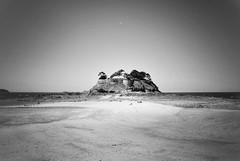 Fort Duguesclin (G.Billon) Tags: vauban seascape landscape beach plage côtedémeraude îleetvilaine breizh bretagne saintcoulomb fortduguesclin blackandwhite noiretblanc bw nikond90 nikon gbillon