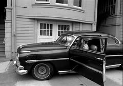 Richmond district, San Francisco 1976 (Dave Glass . foto) Tags: sanfrancisco richmonddistrict 8thavenue hudsonhornet hudson automobileaslandscape 1970s 1976 minoltasr2 35mmfilm 35mm