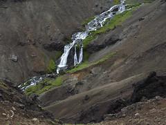 Cascade tiède/lukewarm cascade (bd168) Tags: ravin ravine water eau mousses mosses greenery verdure lave lava volcanic volcanique em10markii m14150mmf456iied islande iceland