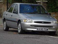 1997 Ford Escort 1.8 LX (Neil's classics) Tags: vehicle 1997 ford escort 18lx