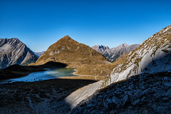 Unterer Seewisee, Memminger Hütte und Seekogel (stefangruber82) Tags: alpen alps tirol tyrol gebirgssee mountains bergsee see lake hütte hut berge mountainlake