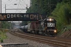 CSX K602-05 @ Woodbourne, PA (Dan A. Davis) Tags: csx ns norfolksouthern cp canadianpacific sd40e ac44cw k602 freighttrain railroad locomotive train pa pennsylvania woodbourne