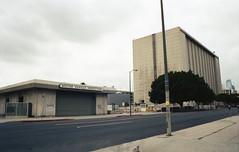 Los Angeles CA 2018 (marzo ph.) Tags: los angeles ca 2018 nikon f5 kodak portra 400 losangeles concrete architecture brutalism daniele marzocchi marzoph ishootfilm buyfilmnotmegapixels staybrokeshottfilm filmsnotdead film filmphotographic streetphotography streethoney
