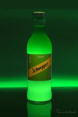 © (Fernando_Macedo) Tags: produto bebida still luz verde garrafa reflexo marca vidro flash brazil br
