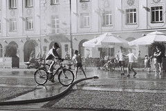 Summer fun (mkarwowski) Tags: street monochrome blackandwhite canont70 canon t70 analog rollfilm fomapan400 fomapan białystok children rmctokina3570mmf35