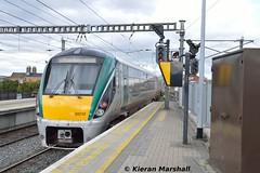22012 departs Connolly, 17/9/18 (hurricanemk1c) Tags: railways railway train trains irish rail irishrail iarnród éireann iarnródéireann 2018 22000 rotem icr rok 4pce 22012 1255rosslareeuroportconnolly dublin connolly