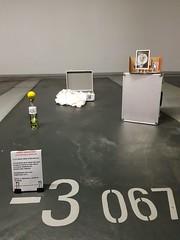 20181005_130050 (dou_ble_you) Tags: threeimprovisedsculpturaldevices doubleyou installation foundmaterials
