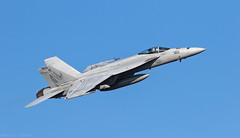 Boeing F/A-18E VFA-136 'Knighthawks' (kevinclarke1969) Tags: knighthawks nas lemoore harry struman boeing super hornet fa18e
