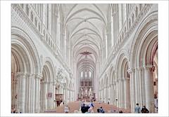 Notre-Dame de Bayeux (dolorix) Tags: dolorix frankreich france normandie bayeux kathedrale cathedral architektur architecture