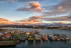 Sunrise at Victoria's Fisherman's Wharf (Philip Kuntz) Tags: victoriafishermanswharf fishermanswharf floathomes seafood sunrise sunup dawn daybreak victoriaharbor victoria britishcolumbia canada