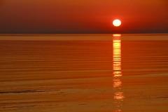 an der Ostsee (Hans-Jürgen Böckmann) Tags: sonnenaufgang ostsee scharbeutz lübeckerbucht sunrise balticsea