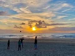 sundowner beach volley (dirk.werdelmann) Tags: holland trip journey sea nikon urlaub sun natur nature zee holiday view werdelmann nederland meer blick sundowner