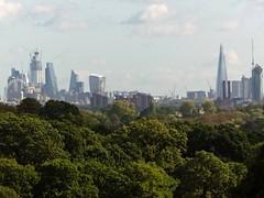 London looms