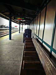 55th Street Subway Station (Robert S. Photography) Tags: subway station bench brooklyn 55th digital screen nyc sony dscwx150 iso100 november 2018