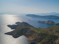 "Argosaronic gulf, Greece (dronepicr) Tags: griechenland meer amazing sonne allgemein natur mittelmeer sun hydra drone ocean strände wanderurlaub blau drohne trip greece luftbild länderstädte geotagged wandern mediterran travelling aerial klar landscape landschaft relax strandurlaub wasser idra insel photo canon dream holiday argosaronic gulf foto ferien bester blue beach sea travel urlaub hiking nature ""mediterraneansea"" athens traumurlaub strand vacation dji"