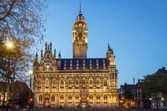 Stadhuis Middelburg (Tom van der Heijden) Tags: middelburg avond zeeland walcheren stad licht stadhuis hdr markt centrum canon eos eos60d canoneos60d