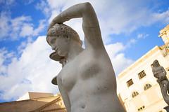 DSC_0028_3 (en.putrino) Tags: palermo sicilia italia sicily piazza pretoria massimo teatro statue leone fontana della vergogna acqua cielo nuvole clouds sky italy