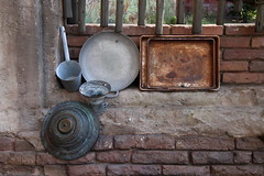 Five objects from an old kitchen in India (asitrac) Tags: eo 42stilllifewith5objects 52 52in2018challenge 60d asitrac americas amériques anandapur animalkingdom animalkingdompark attractions canon centralflorida disney disneysanimalkingdom disneyworld disneyworldanimalkingdom disneyworldorlando etatsunis florida floride mco northamerica orlando orlandothemepark travel usa unitedstates eos kitchen rawcr2 themepark ©asitrac フロリダ us