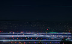 taxi cross runways (pbo31) Tags: bayarea california nikon d810 color november 2018 boury pbo31 fall night dark black lightstream motion traffic sanfranciscointernational sfo airport aviation plane millbrae sanmateocounty airline travel runway taxi