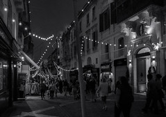 Republic Street ... ; (c)rebfoto (rebfoto ...) Tags: people monochrome blackandwhite building pedestrian rebfoto vallettamalta malta