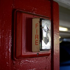 Fire alarm in Leesburg parking garage (SchuminWeb) Tags: schuminweb ben schumin web july 2018 leesburg virginia loudoun county va fire alarm alarms horn strobe edwards integrity notification appliance appliances firealarm red white strobes strobelight strobelights hornstrobe horns est hornstrobes firealarms light lights parking garage municipal public