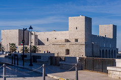 13112016-IMGP5335 (Mario Lazzarini.) Tags: castle castello torre pietra orologio cielo historic old trani puglia italy