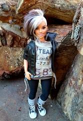 New arrival Naya! (ArtCat80) Tags: barbiecollector barbie curvy mtm madetomove autumn dollfashions dollphoto dolls doll