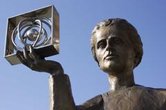 Marie Curie (Varsovia) (U2iano) Tags: polonia polonio marie curie quimica skłodowska varsovia warsaw poland