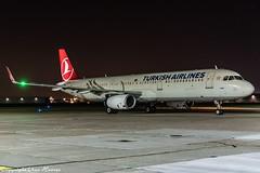 Turkish Airlines TC-JSV HAJ at Night (U. Heinze) Tags: aircraft airlines airways airplane planespotting plane flugzeug nikon night nightshot haj hannoverlangenhagenairporthaj eddv