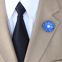 Small lapel flower - Handmade and unique! https://t.co/e7kaXI6L44 #etsy #handmade gifts men giftsforhim dresslikeagentleman fashion https://t.co/jdqa7sZGDD (petalperceptions.etsy.com) Tags: etsy gift shop fashion jewelry cute