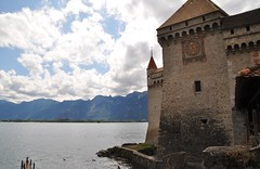 Een indrukwekkend kasteel. (limburgs_heksje) Tags: zwitserland schweiz swiss meervangeneve genfersee chillon grens