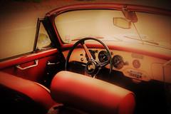 Vintage porsche (alestaleiro) Tags: car carro automóvil vehiculo cult porsche vintage red rojo rouge vermelho volante wheel auto alestaleiro sport sportcar cabriolet conversível convertible